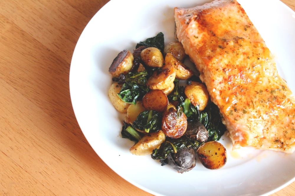 Broiled Salmon with Roasted Potatoes and Kale